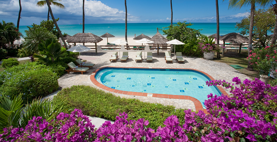 sandals-grande-Antigua-walkout