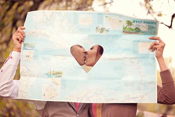 001-fun-travel-themed-engagement-sunkissed-studio