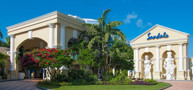Why Should I go to Sandals Royal Bahamian?