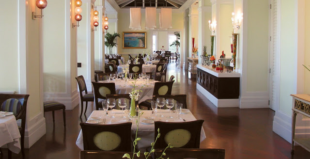 Sandals-emerald-bay-restaurant